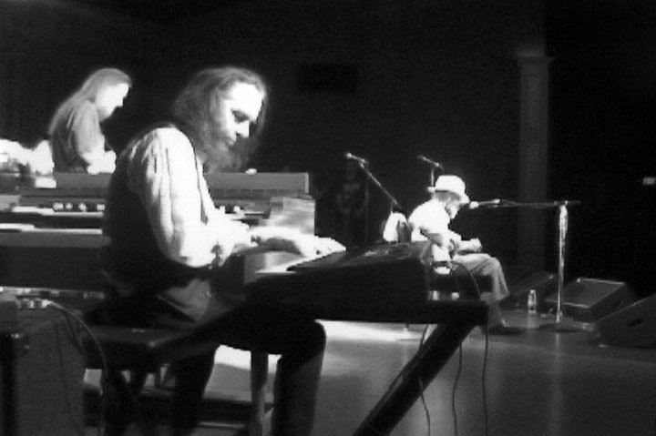 2001, May 25th. John Lee Hooker with Rich Kirch, Pete Sears, Ron Perry, Bryant Mills.